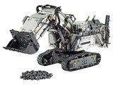 LEGO Technic Liebherr R 9800 Graafmachine 42100 (doos is beschadigd)_